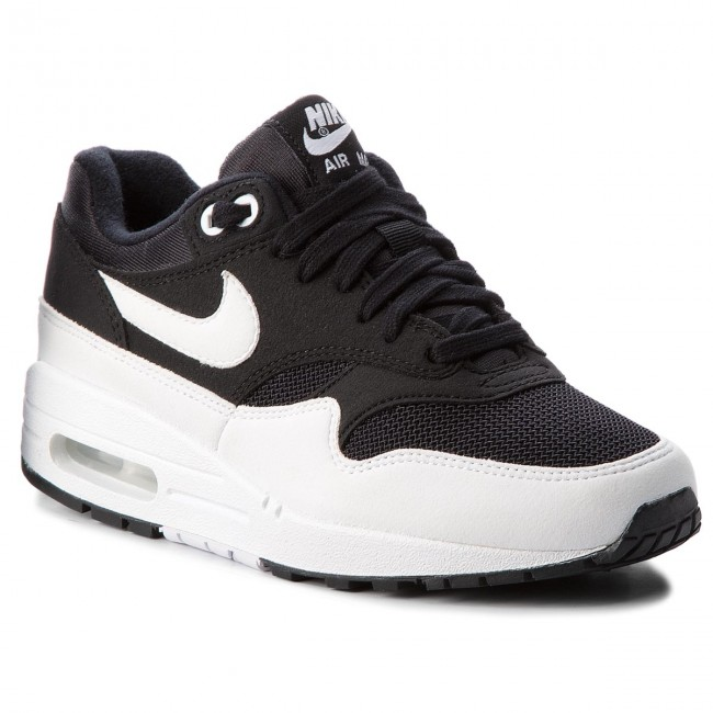 nike air max black and white